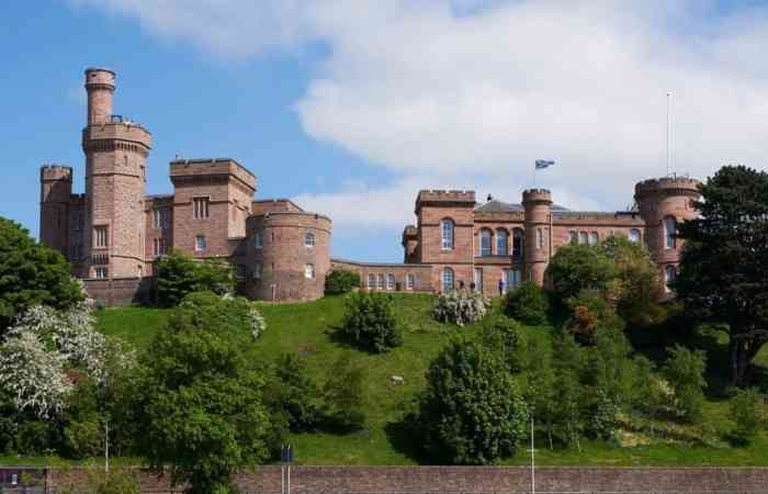25518 Inverness Castle 005