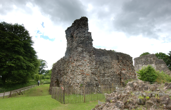 Lochmaben Castle 2 Hes 1 Year Use