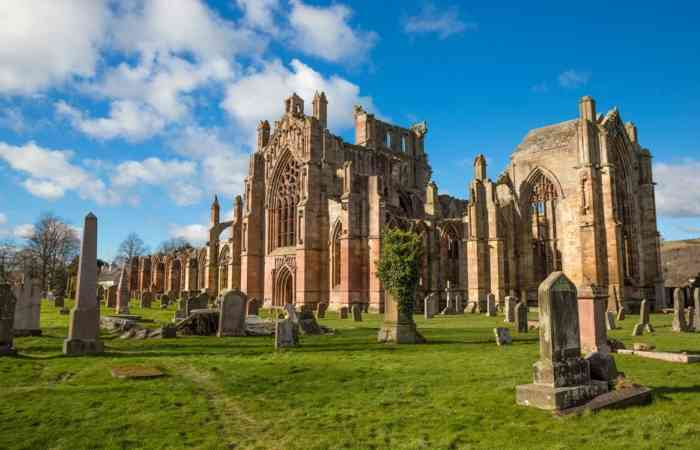 Melrose Abbey 4